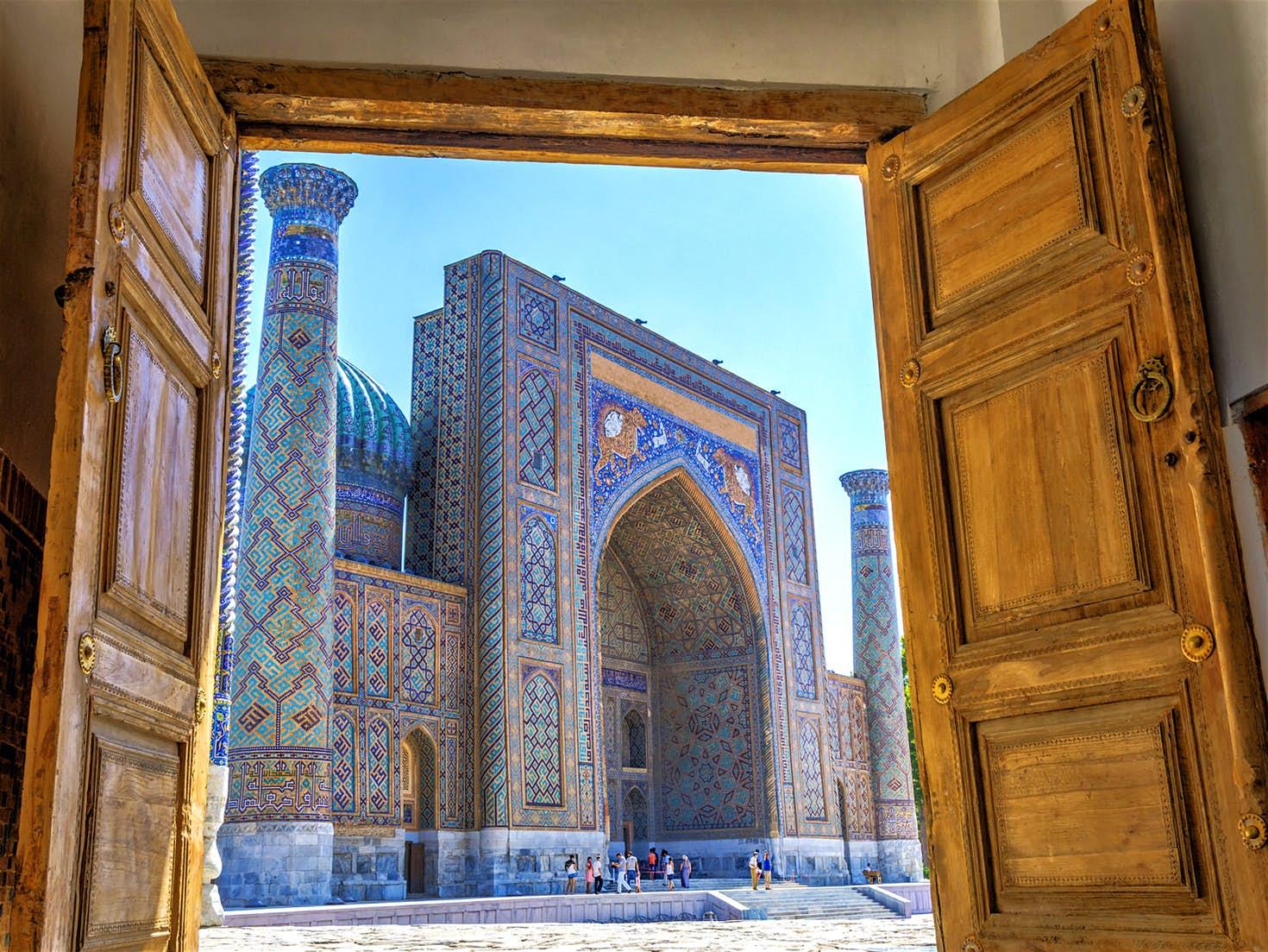 TURKMENISTÁN - AZERBAIYÁN - UZBEKISTÁN  &  Ruta  de La Seda